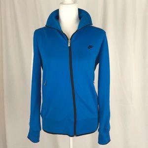 Nike Sportswear jacket size L.
